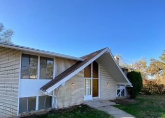 Foreclosure Home in Layton, UT, 84040,  COUNTRY OAKS DR ID: P1738668