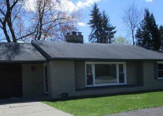 Foreclosure Home in Bay City, MI, 48706,  SALZBURG AVE ID: P1739862