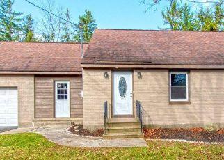 Casa en ejecución hipotecaria in Delmar, NY, 12054,  DELAWARE TPKE ID: P1741127