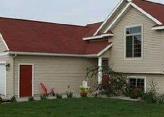 Casa en ejecución hipotecaria in Kent City, MI, 49330,  CHARY VIEW DR ID: P1742385