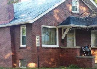 Casa en ejecución hipotecaria in Rockford, IL, 61103,  CARNEY AVE ID: P1746287