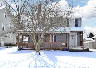 Casa en ejecución hipotecaria in Warren, OH, 44483,  HOLLYWOOD ST NE ID: P1747124