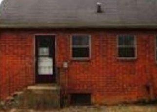 Casa en ejecución hipotecaria in Indianapolis, IN, 46218,  N DEQUINCY ST ID: P1748314