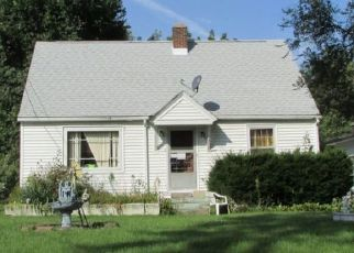 Casa en ejecución hipotecaria in Aurora, IL, 60505,  PETERSON AVE ID: P1748438