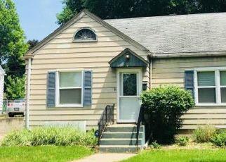Casa en ejecución hipotecaria in Rockford, IL, 61108,  22ND ST ID: P1748468