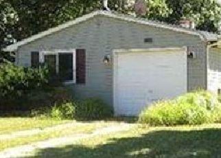 Casa en ejecución hipotecaria in Shirley, NY, 11967,  CHANEL DR E ID: P1749478