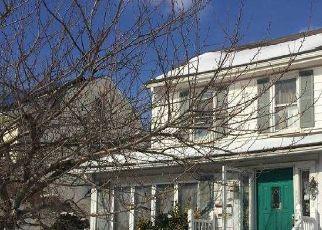 Casa en ejecución hipotecaria in Lindenhurst, NY, 11757,  WINCHESTER DR ID: P1750024