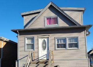 Casa en ejecución hipotecaria in Maywood, IL, 60153,  S 9TH AVE ID: P1750150