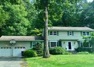Foreclosure Home in Trumbull, CT, 06611,  FRESH MEADOW DR ID: P1751695
