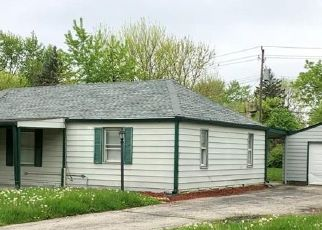Casa en ejecución hipotecaria in Indianapolis, IN, 46218,  N SPENCER AVE ID: P1752778