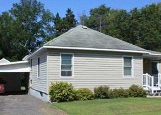 Casa en ejecución hipotecaria in Black River Falls, WI, 54615,  S 2ND ST ID: P1754818