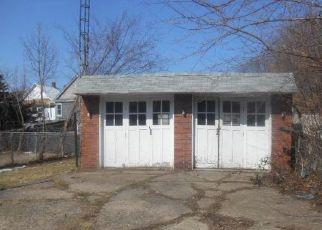Casa en ejecución hipotecaria in Erie, PA, 16503,  E 25TH ST ID: P1757329