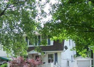 Casa en ejecución hipotecaria in Decatur, IL, 62521,  E LINCOLN AVE ID: P1757973