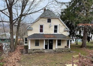 Foreclosure Home in Torrington, CT, 06790,  HAWTHORNE TER ID: P1757998