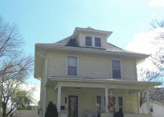 Foreclosure Home in Cedar Falls, IA, 50613,  WALNUT ST ID: P1758397