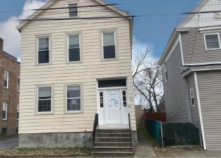 Casa en ejecución hipotecaria in Watervliet, NY, 12189,  24TH ST ID: P1760930