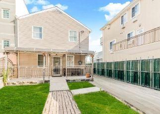 Casa en ejecución hipotecaria in Bronx, NY, 10473,  BETTS AVE ID: P1763091