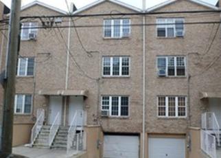 Casa en ejecución hipotecaria in Bronx, NY, 10466,  E 234TH ST ID: P1764023