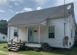 Casa en ejecución hipotecaria in Belton, SC, 29627,  WOODWARD ST ID: P1764306