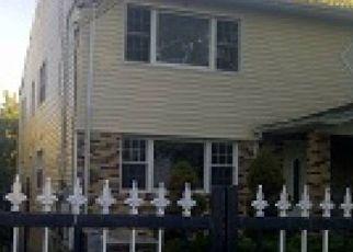 Casa en ejecución hipotecaria in Springfield Gardens, NY, 11413,  223RD ST ID: P1764888