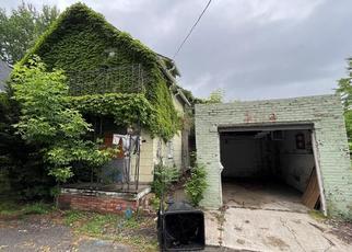Casa en ejecución hipotecaria in Cleveland, OH, 44102,  LAWN AVE ID: P1768017