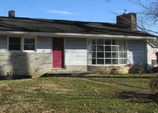 Casa en ejecución hipotecaria in Edgewater, MD, 21037,  CALHOUN ST ID: P1768289