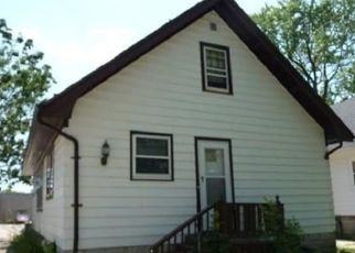 Casa en ejecución hipotecaria in Milwaukee, WI, 53209,  W VERA AVE ID: P1768649