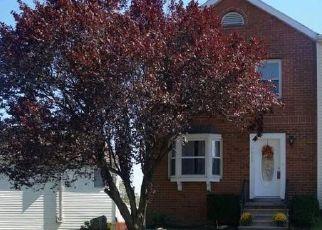 Casa en ejecución hipotecaria in Hummelstown, PA, 17036,  SOMERSET ST ID: P1772093