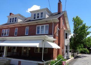 Casa en ejecución hipotecaria in Reading, PA, 19606,  S 24TH ST ID: P1772150