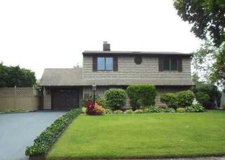 Foreclosure Home in Wantagh, NY, 11793,  TWISTING LN ID: P1772536