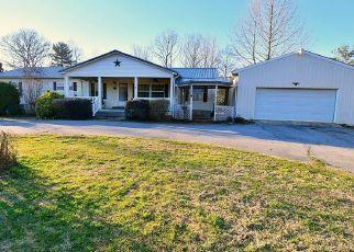 Casa en ejecución hipotecaria in Central, SC, 29630,  OAK GROVE RD ID: P1773776