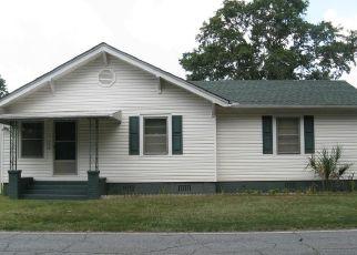 Casa en ejecución hipotecaria in Iva, SC, 29655,  HAMPTON ST ID: P1775567