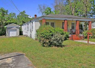 Casa en ejecución hipotecaria in Charleston, SC, 29403,  SIMONS ST ID: P1775569
