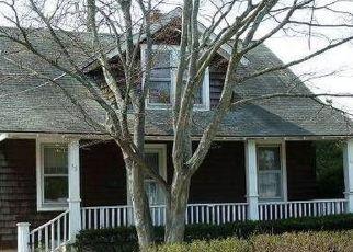 Casa en ejecución hipotecaria in Islip, NY, 11751,  HEMLOCK ST ID: P1778073