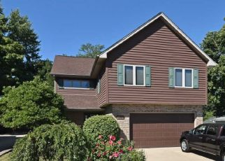 Casa en ejecución hipotecaria in Saint Charles, IL, 60174,  S 13TH AVE ID: P1778587