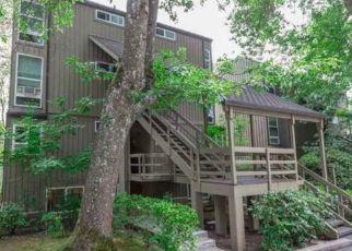 Foreclosure Home in Lake Oswego, OR, 97035,  KERR PKWY ID: P1780195