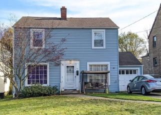 Foreclosure Home in Youngstown, OH, 44512,  CLIFTON DR ID: P1782336