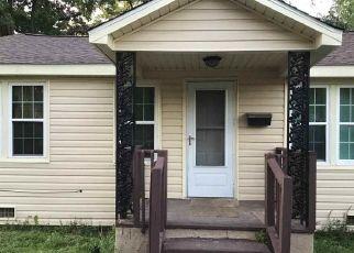 Casa en ejecución hipotecaria in Florence, SC, 29501,  W PENNSYLVANIA ST ID: P1782638