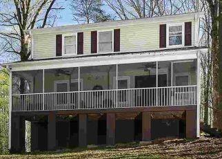 Casa en ejecución hipotecaria in Marietta, SC, 29661,  TRIPP RD ID: P1782690