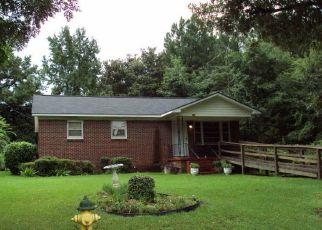 Casa en ejecución hipotecaria in Greenwood, SC, 29646,  POSEY ST ID: P1782759