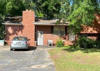 Casa en ejecución hipotecaria in Greenwood, SC, 29649,  NORTHGATE ST ID: P1782763