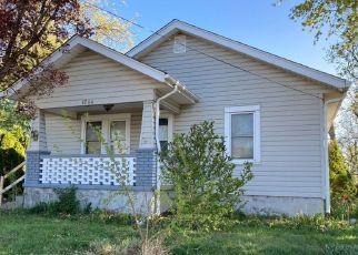 Casa en ejecución hipotecaria in Springfield, OH, 45505,  KENWOOD AVE ID: P1784531
