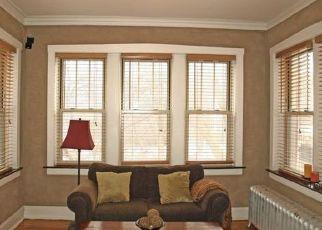Casa en ejecución hipotecaria in Oak Park, IL, 60302,  S MAPLE AVE ID: P1785617