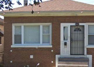 Casa en ejecución hipotecaria in Maywood, IL, 60153,  S 7TH AVE ID: P1788435