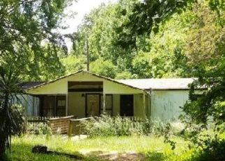Casa en ejecución hipotecaria in Flowery Branch, GA, 30542,  COUCH RD ID: P1788658