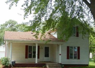 Foreclosure Home in Mentone, IN, 46539,  S WALNUT ST ID: P1790774