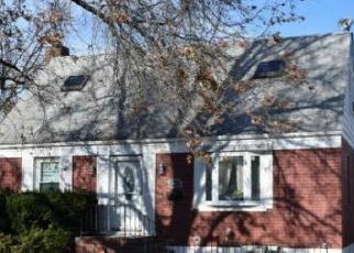 Casa en ejecución hipotecaria in Elmont, NY, 11003,  NORFELD BLVD ID: P1792475