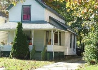 Casa en ejecución hipotecaria in Lakewood, OH, 44107,  NEWMAN AVE ID: P1792628