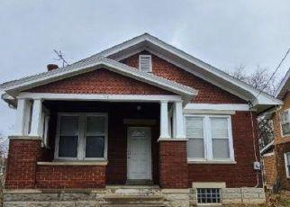 Casa en ejecución hipotecaria in Cincinnati, OH, 45215,  W WYOMING AVE ID: P1792700
