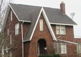 Casa en ejecución hipotecaria in Youngstown, OH, 44504,  OUTLOOK AVE ID: P1792720
